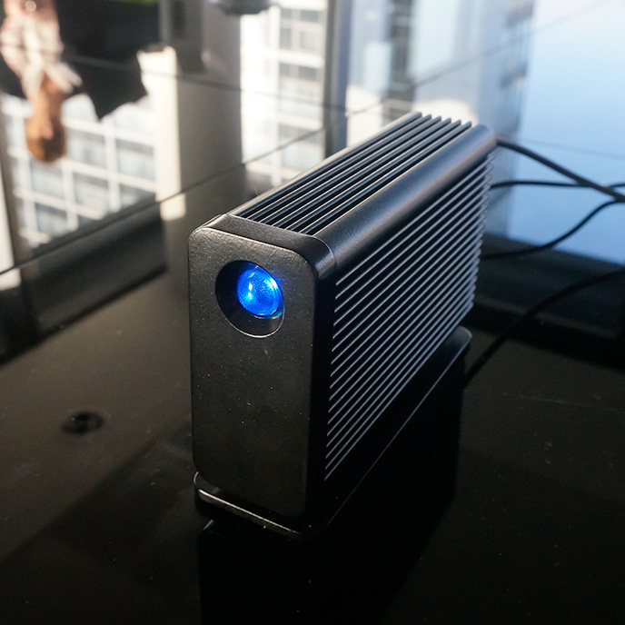 how to add an external hard drive to my pc