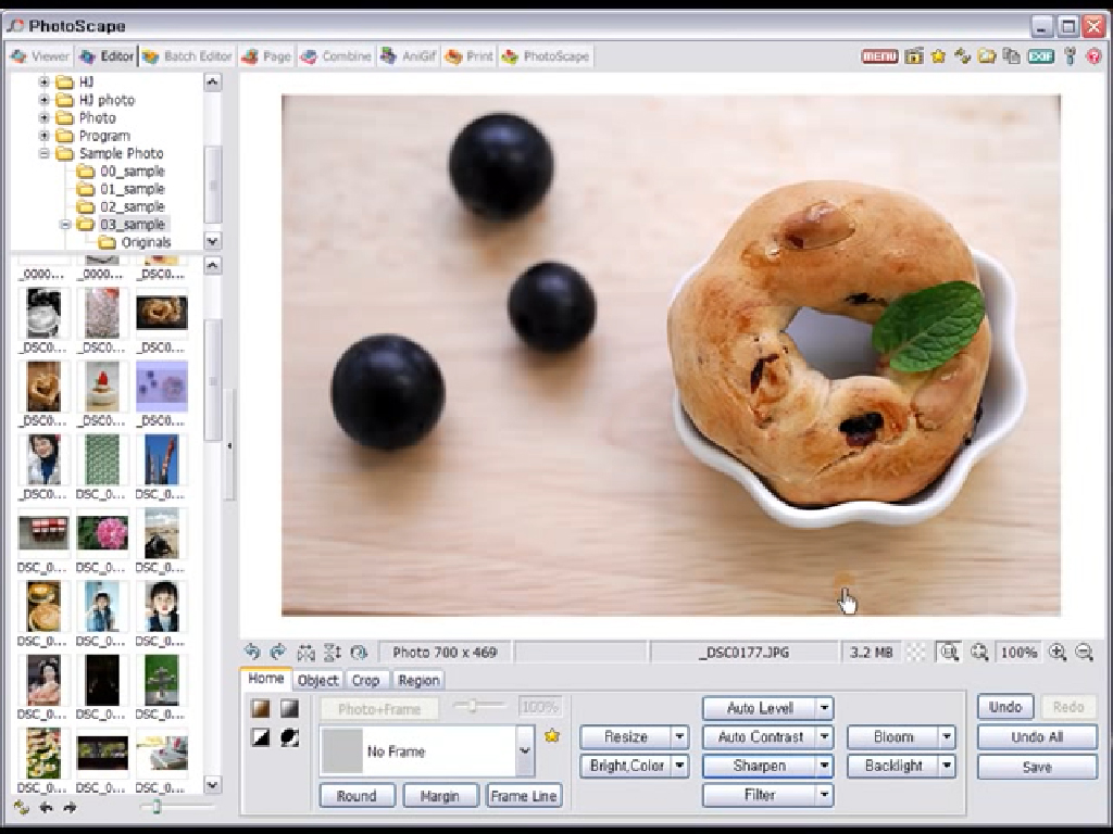 PhotoScape Review: Pricing, Pros, Cons & Features